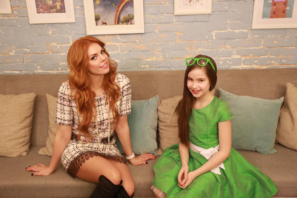 Александра Абрамейцева взяла интервью у эстрадной певицы и звезды мюзиклов Анастасии Стоцкой.
